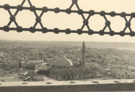 "<bdi class=""metadata-value"">Alep, mosquée <em>Khusruwiyah ou mosquée <em>Kurshaw</bdi>"